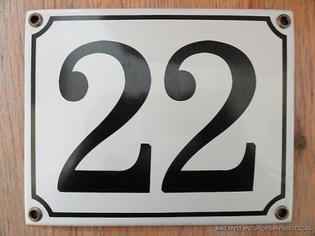 Classic enamel antique style number 22 door plaque house for Classic house number plaque