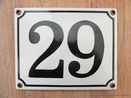 Classic enamel antique style number 29 door plaque house for Classic house number plaque