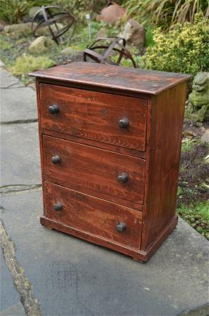 Original Antique Small Handmade Rustic Pine Flight Of 3