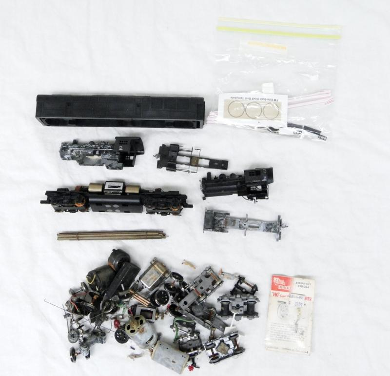 Model Train Replacement Parts : Mixed ho gauge model train parts pieces motor lot repair