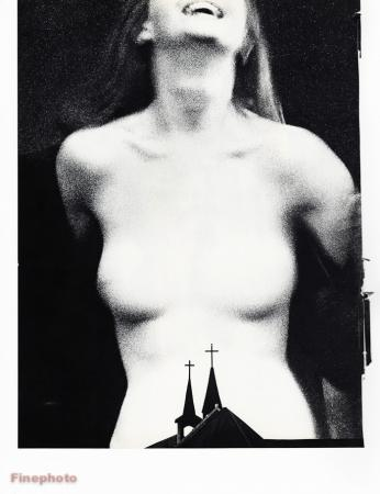 1967 Vintage 16x20 Surrealista Mujer Mujer Desnuda Steeple