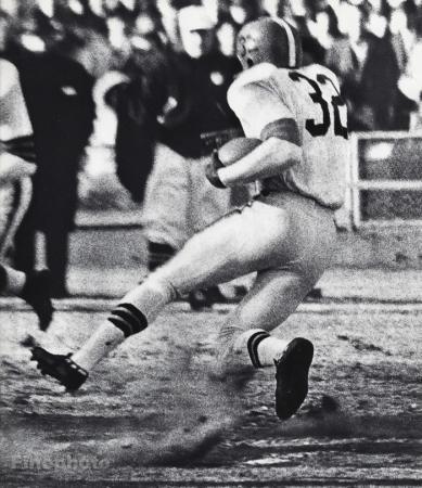 Jim Brown Dating >> 1950 S Vintage Nfl Football Cleveland Browns Jim Brown Actor