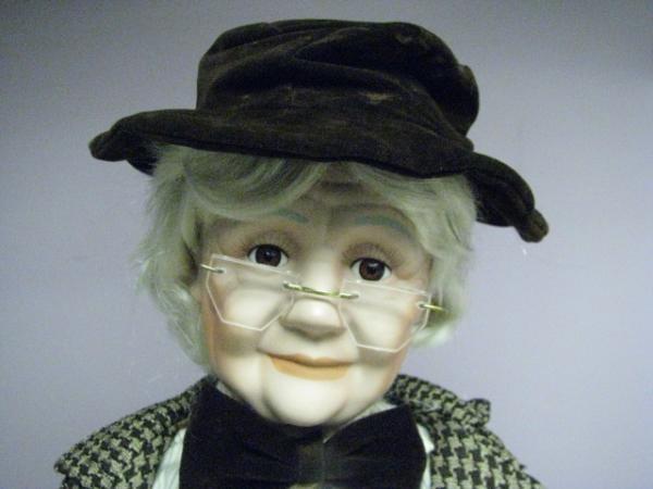 Amazon.com: Ashley Belle Porcelain Dolls