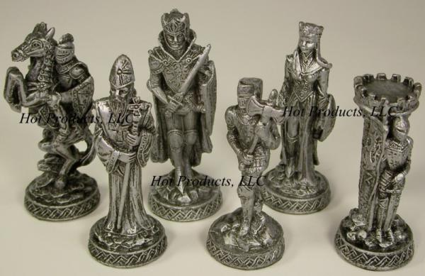 Medieval times pewter metal chess set glass board ebay - Medieval times chess set ...
