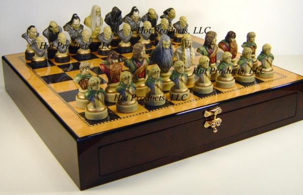 Lord Of The Rings Studio Anne Carlton Chess Set Sac Nib Ebay