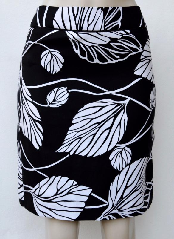 4df1a1ec6b NWT Ann Taylor LOFT Black white leave print Silk/Cotton pencil skirt Sz 2,  6, 8. Click here to Enlarge ...