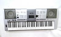 Yamaha YPT420 61 Key Portable Keyboard