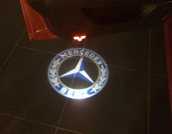 2 laser led door courtesy shadow project light for for Mercedes benz door lights