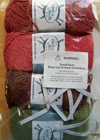... & Needle Club Plastic Bag Holder & Tawashi Kit Knit & Crochet...