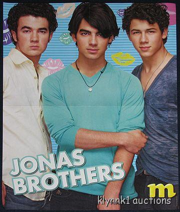 Jonas Brothers Centerfold Poster 1877A Selena Gomez