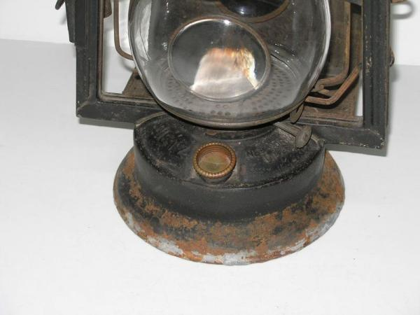 Antique Vintage Dietz Victor Wagon Kerosene Lantern Oil Lamp