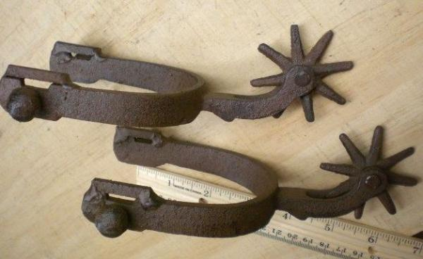 Pair 8 spoke spurs cast iron spur western decor cowboy ebay for Spurs decorations