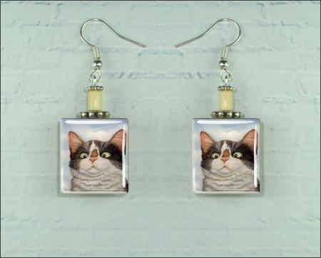 Details about CAT AND BUTTERFLY FUNNY FACE SCRABBLE EARRINGS
