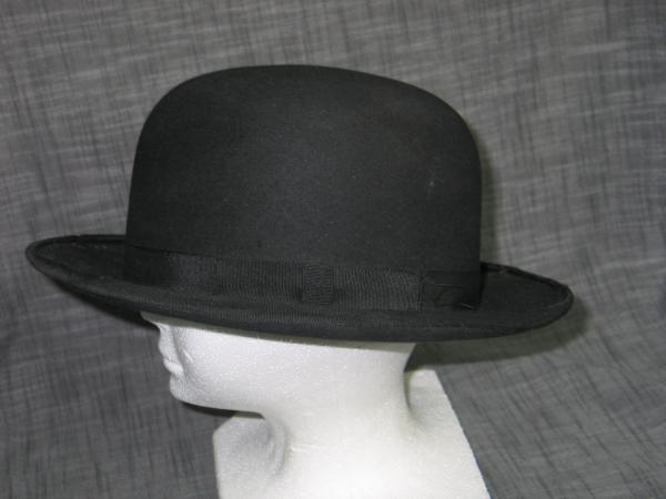 a803a66c265 Antique Vintage 1920s Classic BOWLER Hat with CAVANAUGH box - Black ...