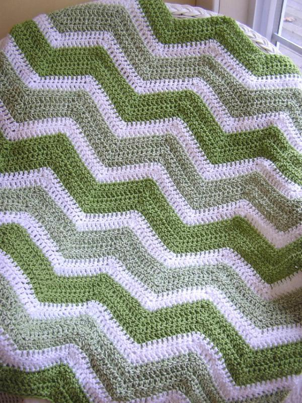 Crochet Handmade Baby Blanket Afghan Laprobe Wheelchair Vanna White Yarn Green