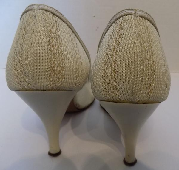 82eb7e90a8faa Details about Vintage 50s 60s Stiletto Heel Woven Fabric Ecru Shoes 7 1/2 M  Pointy Toes
