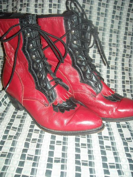 Womens 8 5 Red Black Leather Cowboy Lacer Roper Paddock