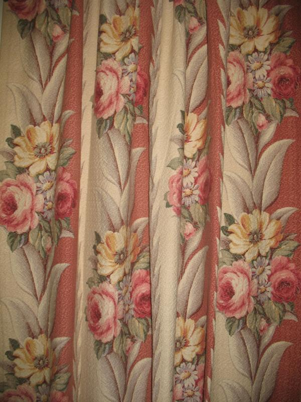 of 4 Vtg Glencourt Pink Rose Floral Barkcloth Fabric Pleated Drape
