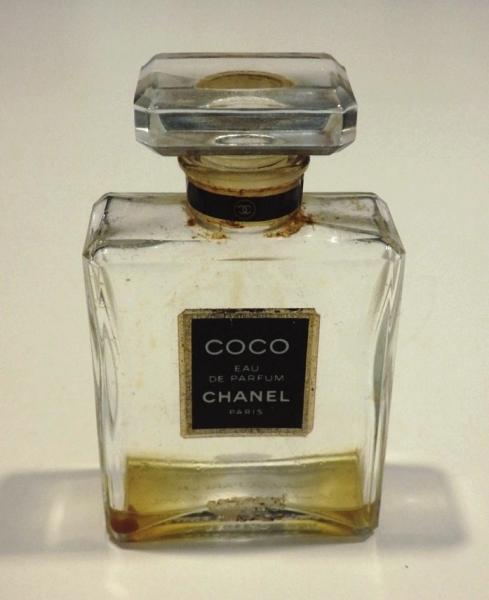 40fe77aa Details about Estate Vintage Chanel COCO Eau de Parfum 1.7 oz. EMPTY for  display or refill