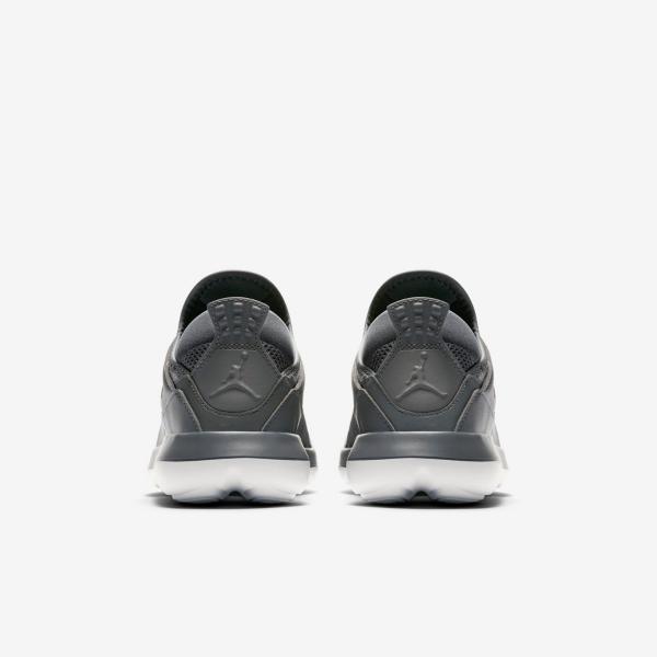 Détails sur Nike Air Jordan Fly Low BG Garçons Filles Baskets Chaussures Gris Blanc Nouveau afficher le titre d'origine