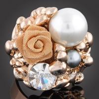 pearl Swarovski crystals 18k gold GP cocktail ring 100