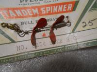 Vintage Pflueger #3254 3//0 Tandem Spinner on Original Card