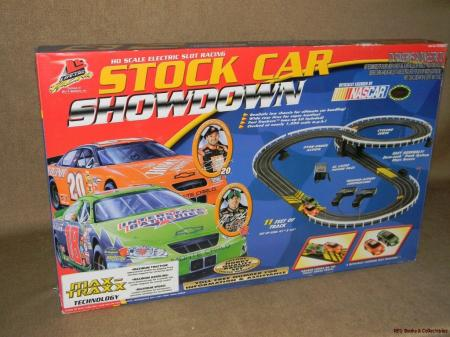 Nascar Showdown Slot Car Race Set
