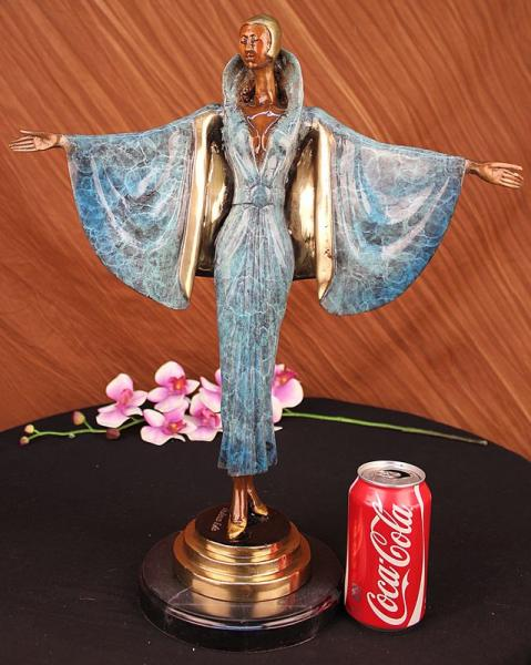 Fashion Lady Bronze Statue Figurine Sculpture Art Marble Sculpture