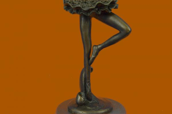 the little fourteen year old dancer sculpture description An eclectic collection of works beginning with greek pottery and moving through europe and into american western art and little dancer, fourteen years old (la.