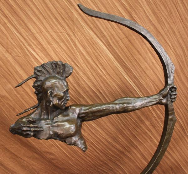 bronze figur indianer krieger mit pfeil und bogen skulptur statue western ebay. Black Bedroom Furniture Sets. Home Design Ideas
