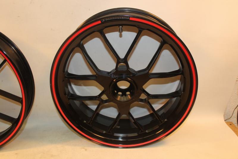 S4R 996 2005 Carrozzeria Front Rear Wheels Wheel Rims Rim Set