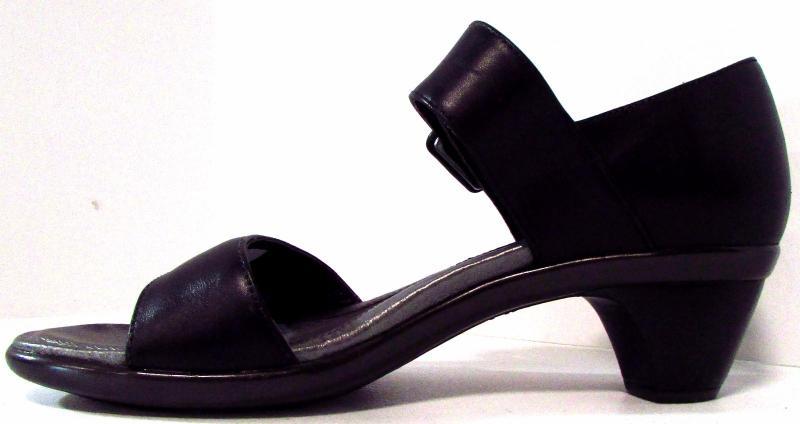 ec75c5b0b91 Naot Future Black Raven Solid Strappy Open Toe Leather Sandal Block ...