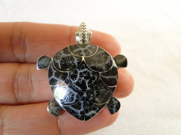 black coral turtle tortoise 925 sterling silver pin brooch