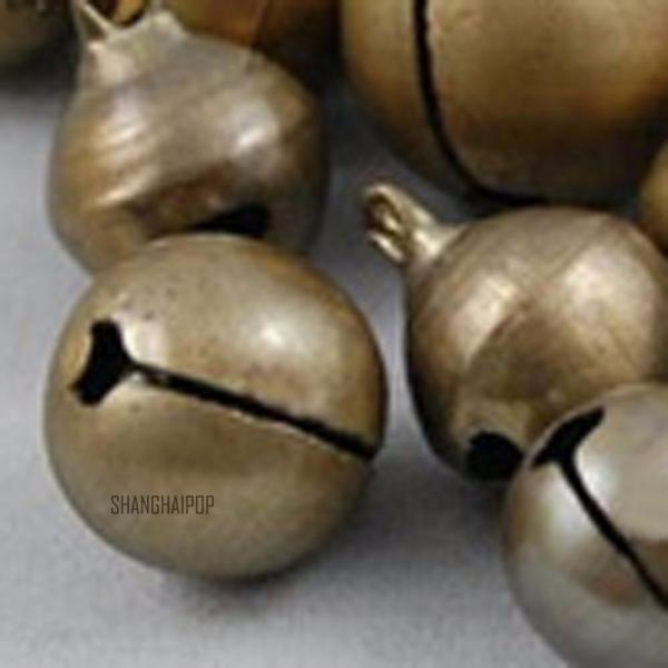 50x messing gl ckchen f r fu kettchen armband charm anh nger bronze dekor glocke ebay. Black Bedroom Furniture Sets. Home Design Ideas