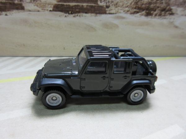 aug 2015 new 80 jeep wrangler long wheel base 4wd 4x4 tomica tomy takara 1987 39 s ebay. Black Bedroom Furniture Sets. Home Design Ideas