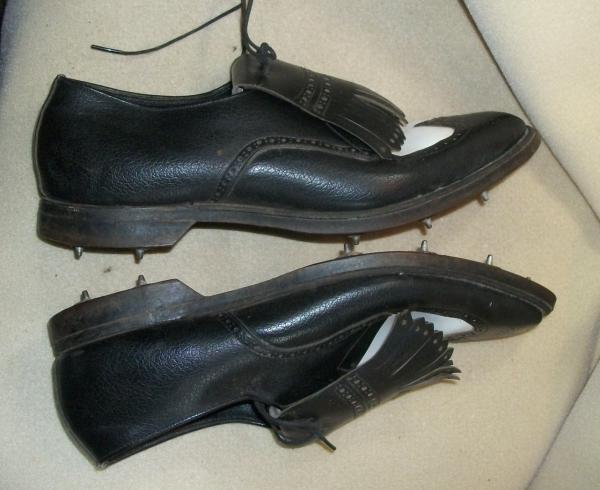 Mens Shoe From Early  With No Heel