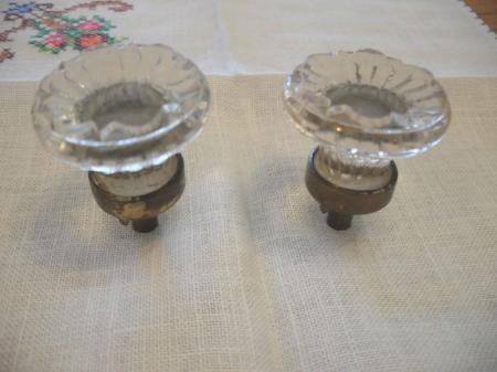 2 Vintage Antique Glass Sandwich Drawer Knobs Cabinet Door Pulls Brass Base