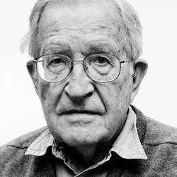 Noam chomsky black and white e1444912111961