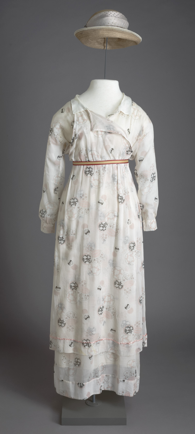 Lady Sybil's dress