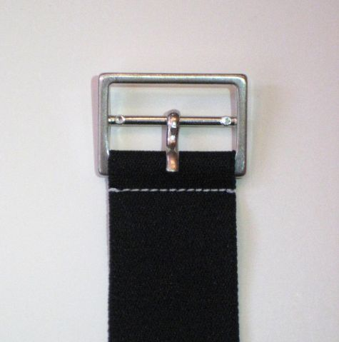 Stitch close to the buckle