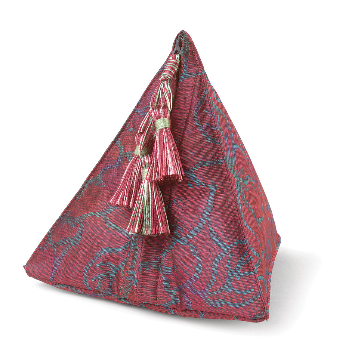 Quick to Make: Sew Fabric Pyramid Pouches - Threads