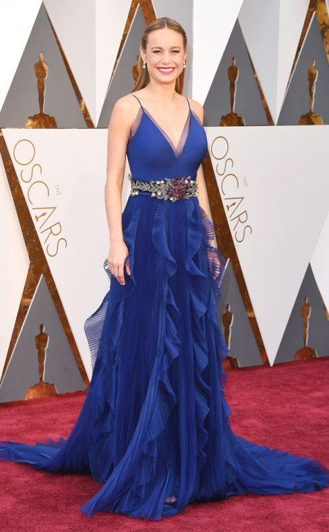 Brie Larson 2016 Oscars red carpet