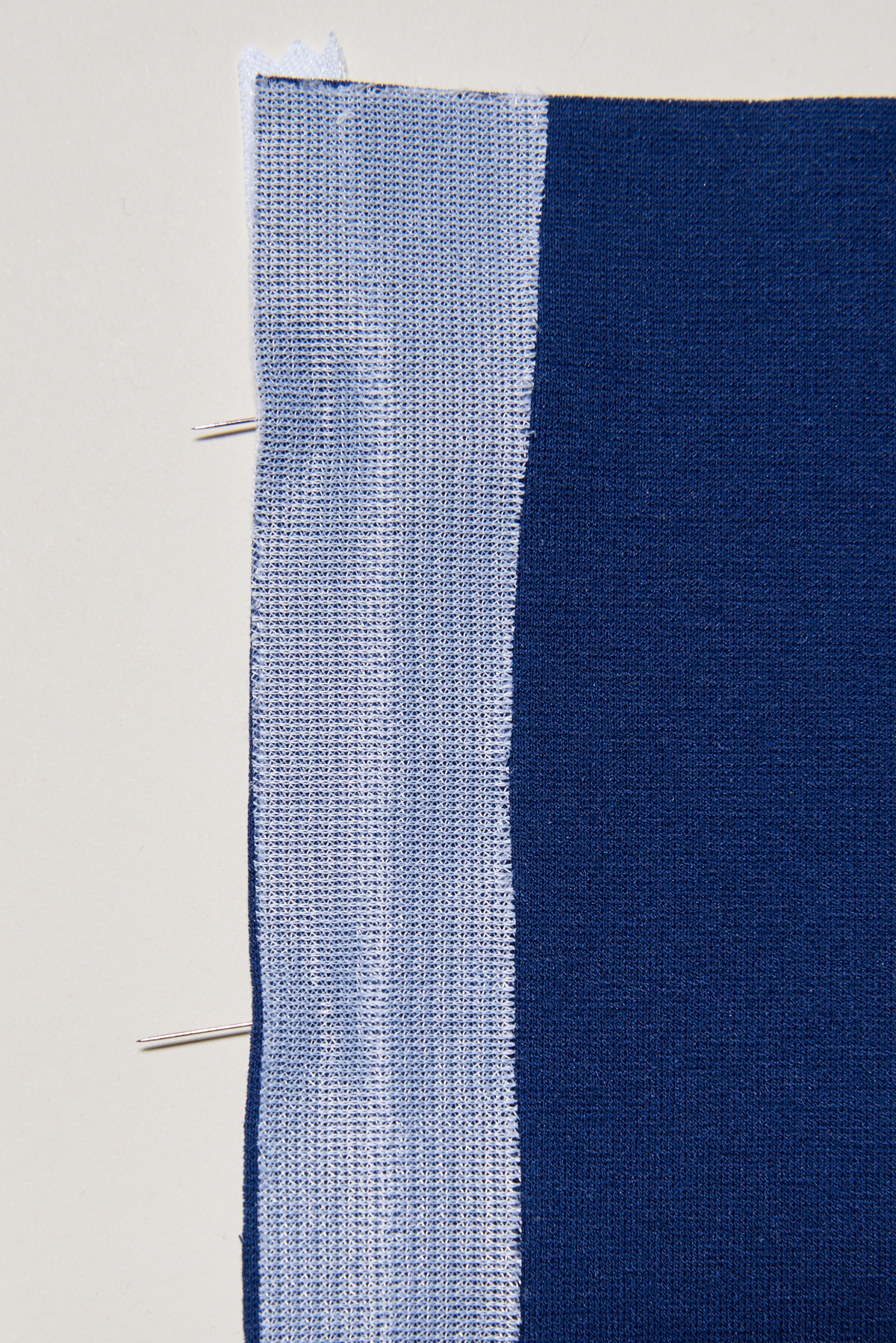 sew an invisible zipper in knits 1