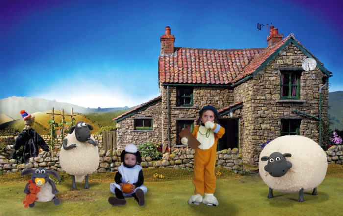 1d526ad392bd Shaun the Sheep and Bitzer the Dog - Threads