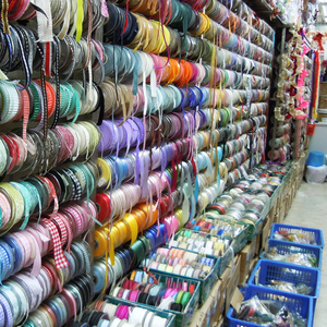 Hong Kong Fabric Shopping: More Destinations to Enjoy - Threads