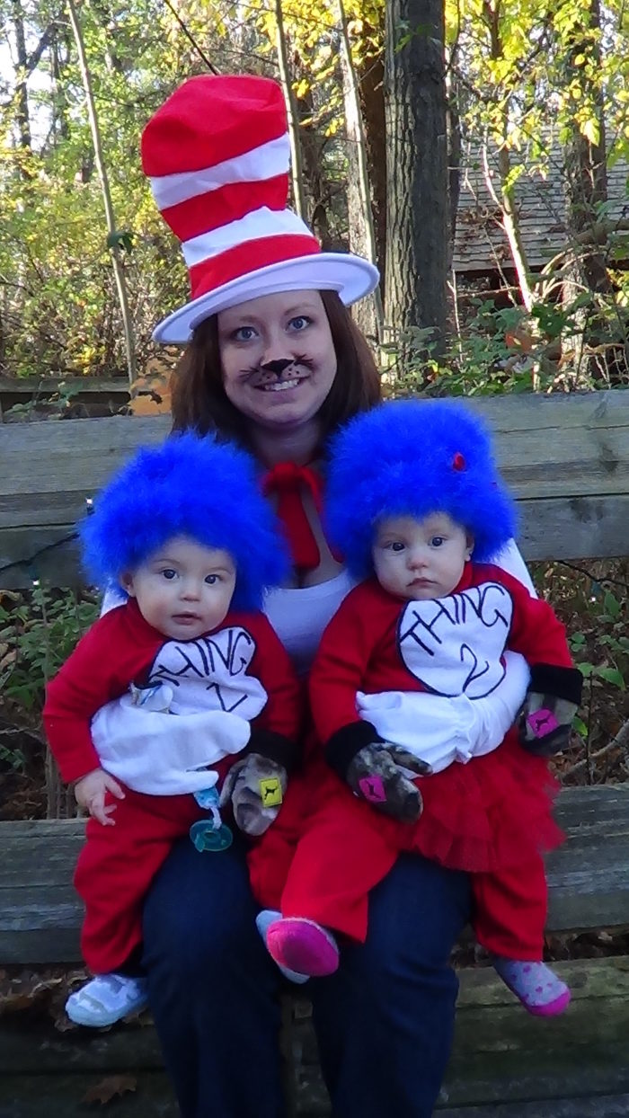 Thing 1 Thing 2 from The Cat in the Hat  sc 1 st  Threads Magazine & Thing 1 Thing 2 - Threads