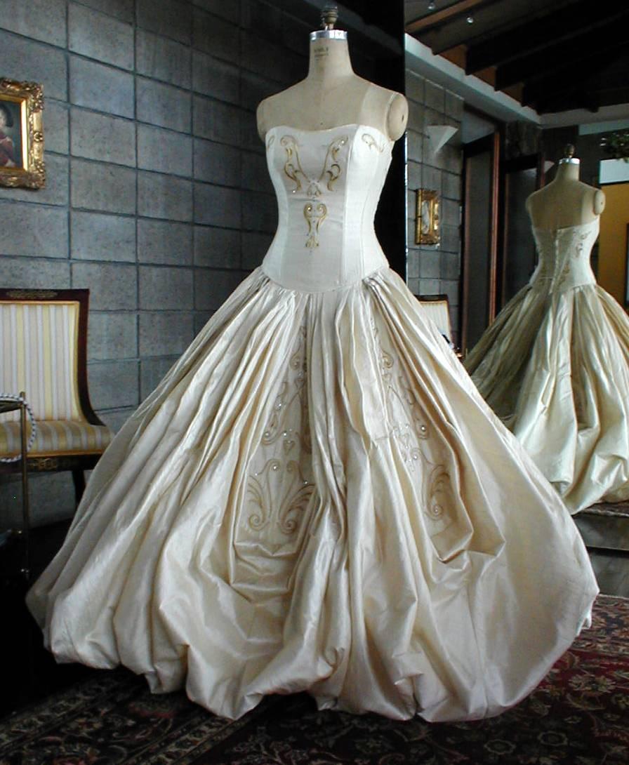 A golden wedding dress!! - Threads