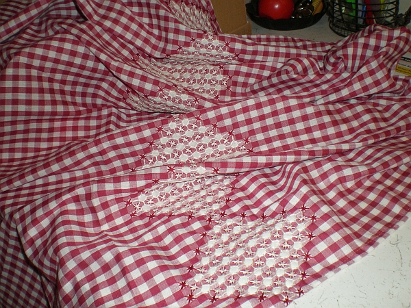 Counterchange Smocking On Gingham Threads