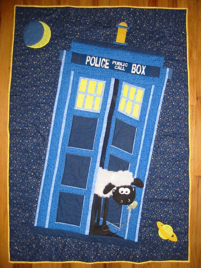 TARDIS Quilt - Threads