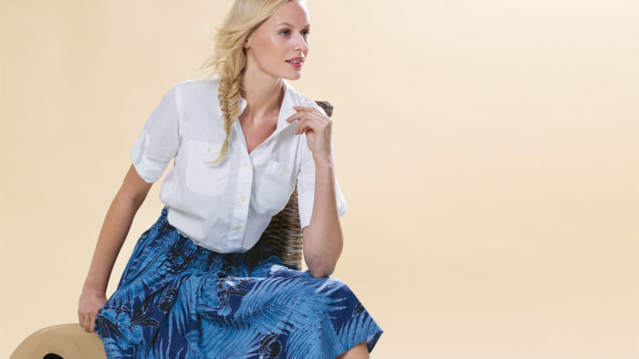 fa7b8ec8d4af This Hawaiian-style summer skirt requires no pattern and is a 10-step cinch  to sew. It fits most sizes